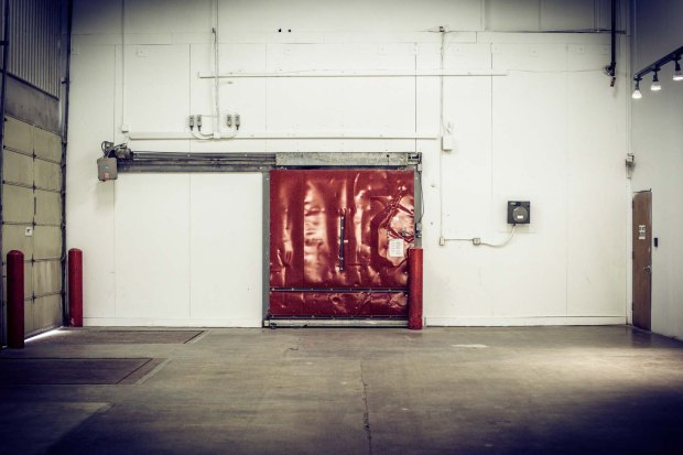 red-sliding-door-at-silver-street-studios-houston-texas