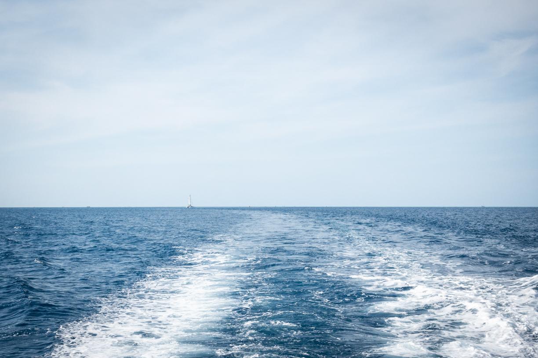 282.365.2018 Navy Blue Water, Ocean Spirit, Cairns, Australia